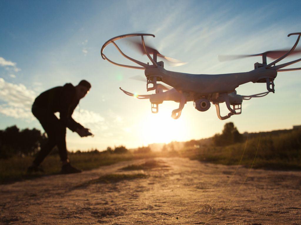 Drones & Robootika